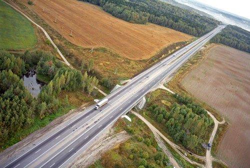 Фото: Дорога М8 Холмлгоры