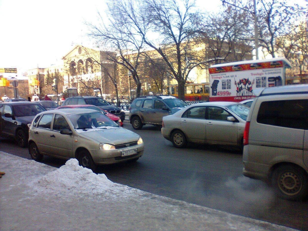 Автомобильное движение в Екатеринбурге