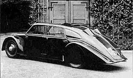 Легковой автомобиль Tatra 77
