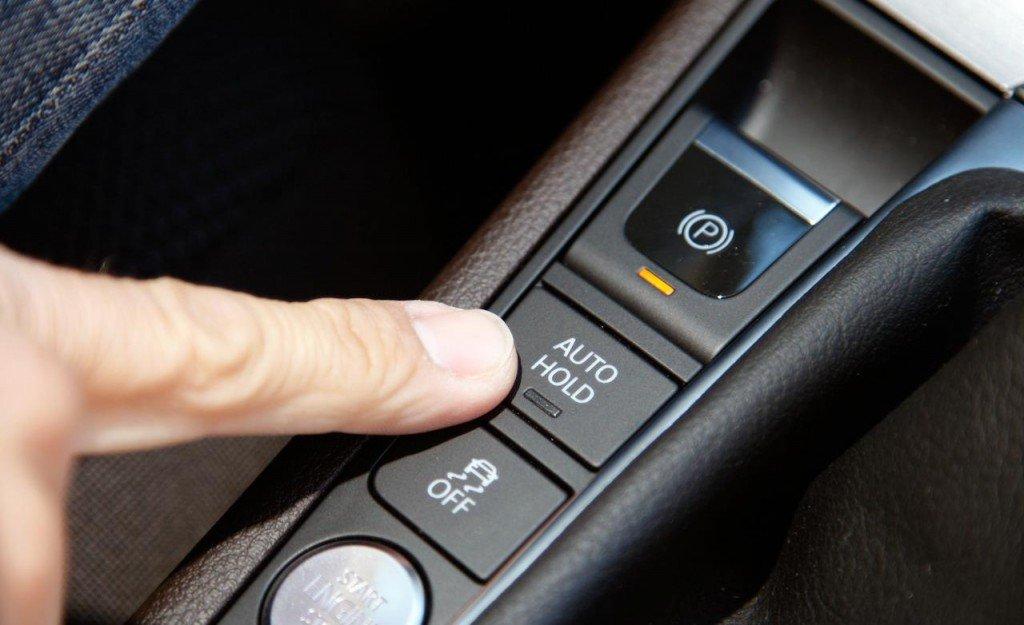 Электронный ручник и Auto Hold