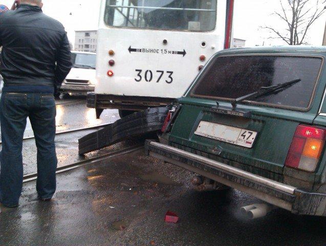 Надпись на кузове вагона