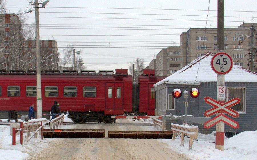 Блокираторы выдвижного типа (железнодорожный переезд)