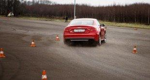 Экстремальное вождение автомобиля с передним приводом