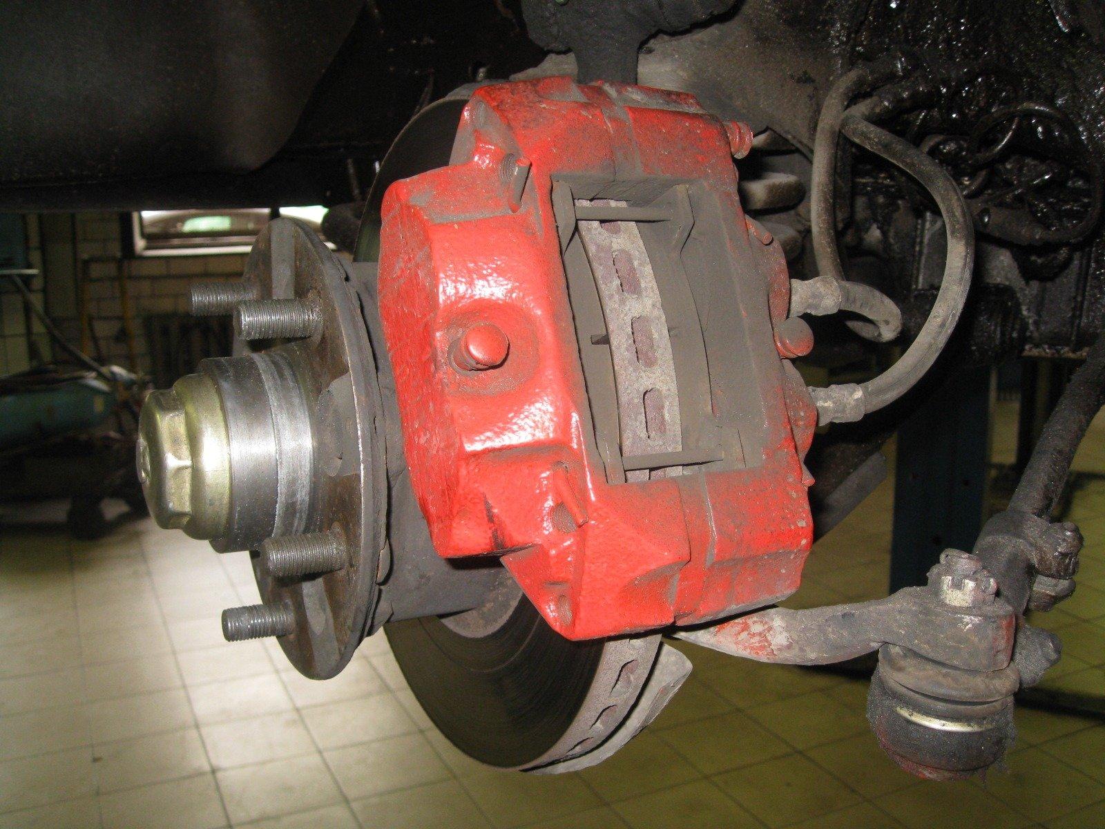 Дисковые тормоза ГАЗ 3102 на автомобиле ГАЗ 2410