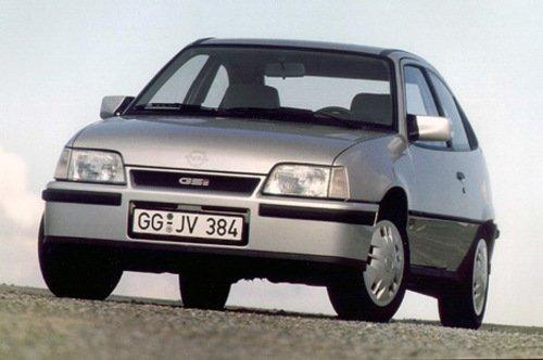 Opel Kadett E, модель 1984 года