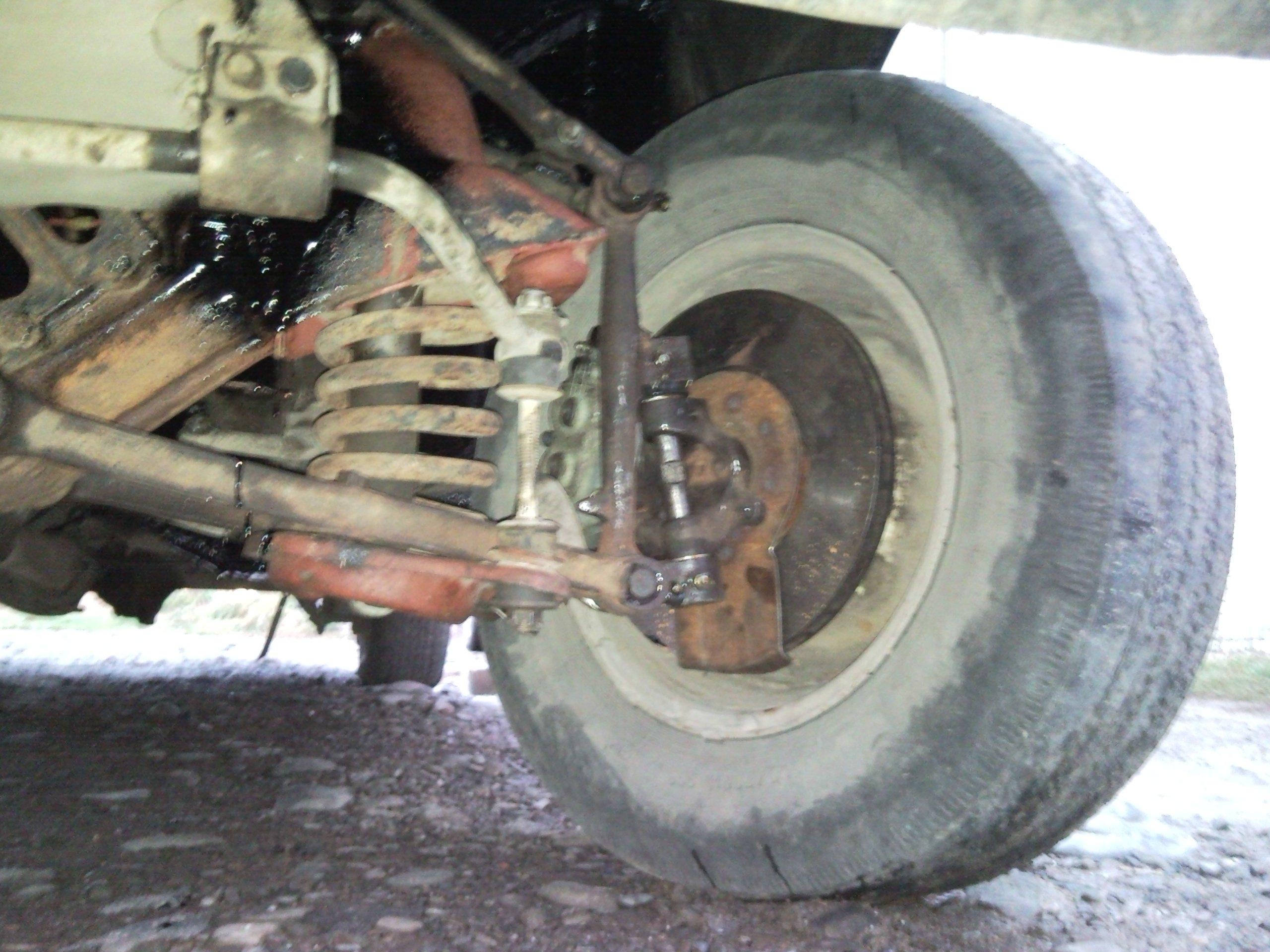 Узел дисковых тормозов на ГАЗ 24