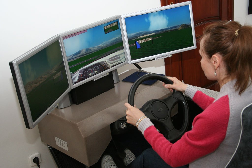 Новые программы обучения водителей утверждены полностью