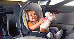 Как правильно пристегнуть ребенка в автокресле