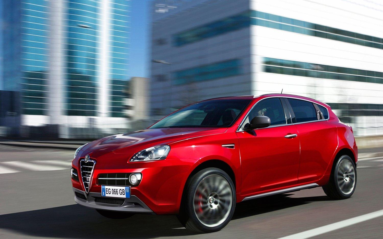 Кроссовер Alfa Romeo появится в 2015 году