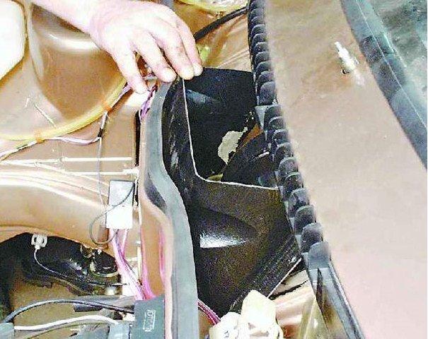Решётка воздухопритока печки на ВАЗ 2114