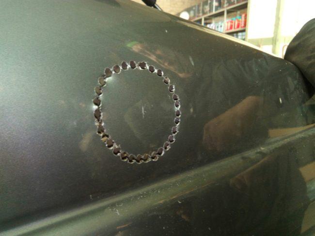 Отверстия в кузове автомобиля для установки шноркеля