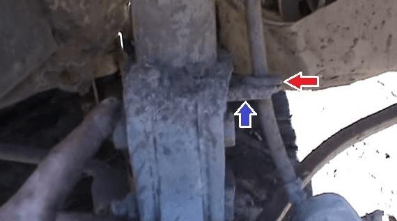 Замена передних стоек ВАЗ 2109