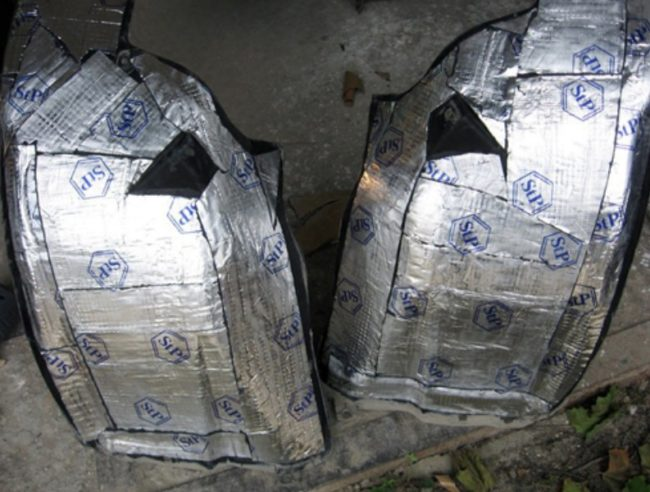 Подкрылки, оклеенные вибропоглотителем