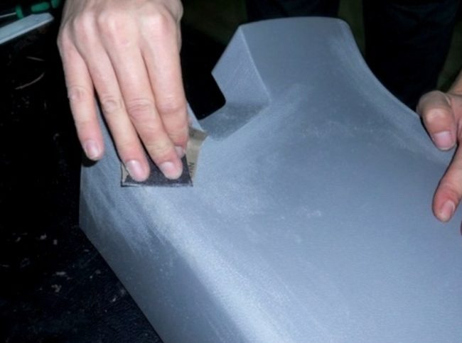 Зачистка поверхности торпедо