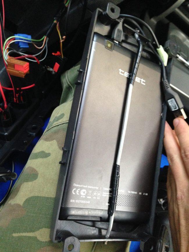 Установка планшета в рамку своими руками