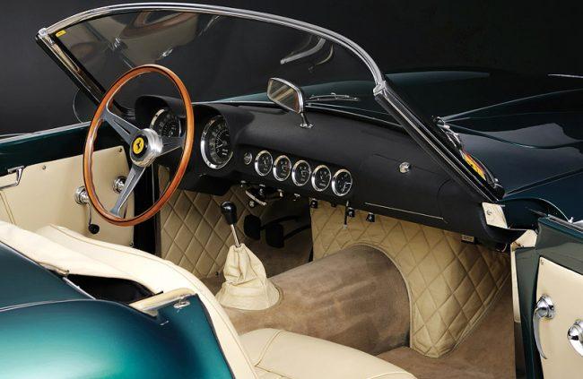 Салон Ferrary 250 GT