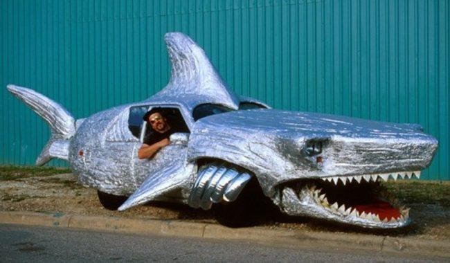 Автомобиль-акула