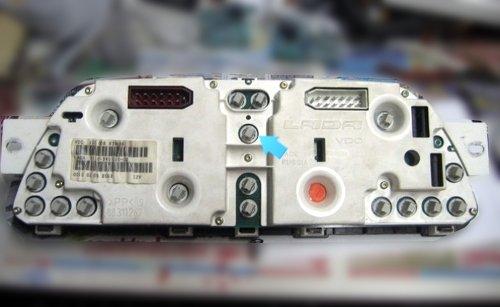 Снятая приборная панель ВАЗ 2114