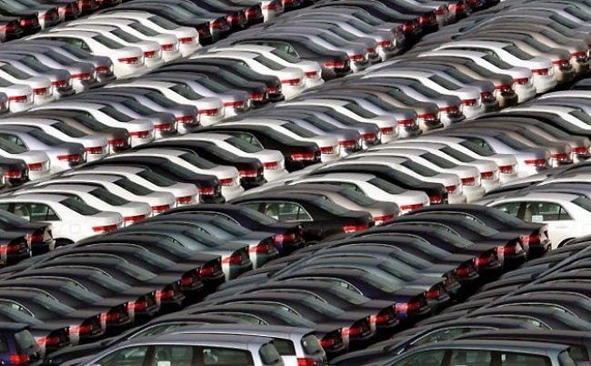 Кладбище новых автомобилей в Японии