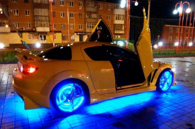 Машина с подсветкой
