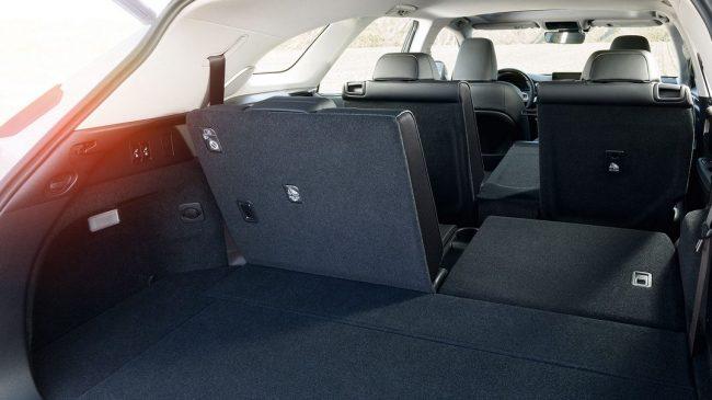 Багажник автомобиля Lexus RX350