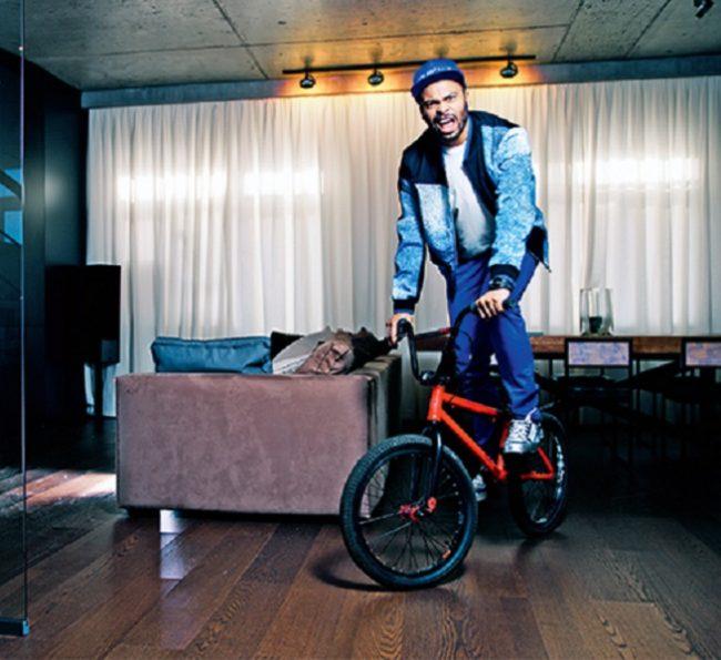 Мигель из танцев на велосипеде