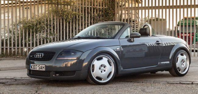 Audi TT Typ 8N
