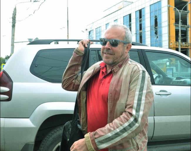 Андрей Макаревич с машиной