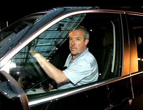 Андрей Макаревич в автомобиле