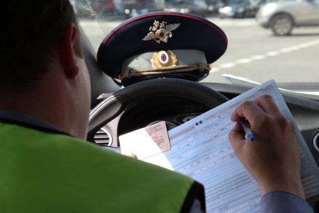 6 неявных вещей, которых боятся сотрудники ГИБДД в разговоре с водителем