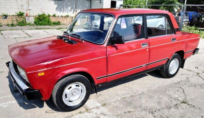 Личное авто Гены Букина из сериала