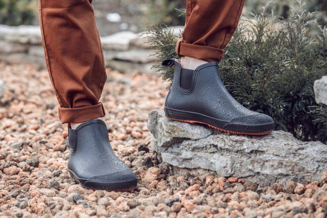 обувь из поливинилхлорида