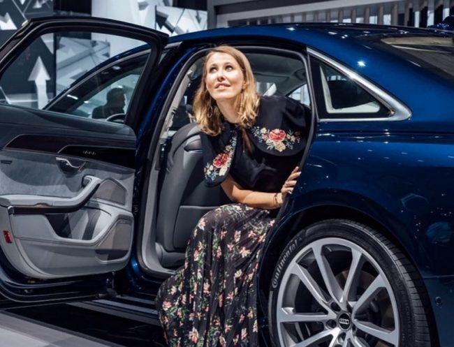 Машина Ксении Собчак ? на чем ездит самая неоднозначная теледива России